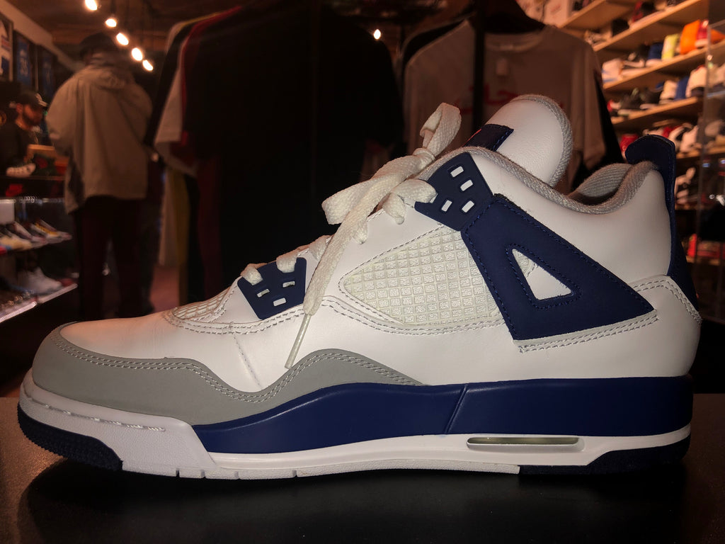 "Size 9.5Y Air Jordan 4 ""Yankees"" Brand New"