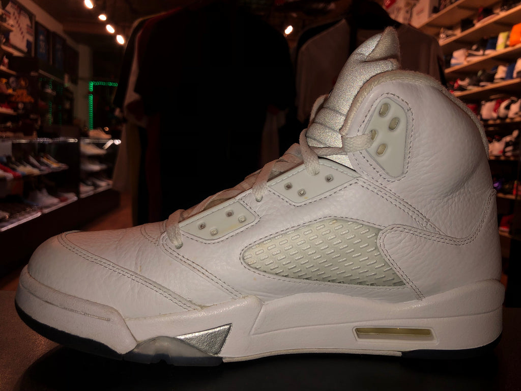 "Size 9 Air Jordan 5 ""White Metallic"""