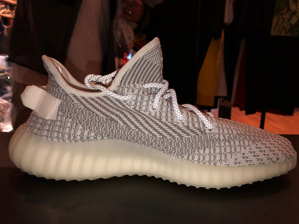 "Size 10.5 Adidas Yeezy boost 350 V2 ""Static"" Pass as New"