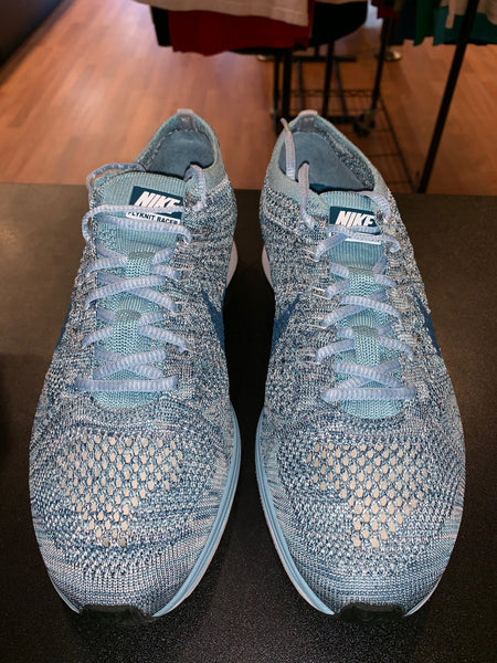 "Size 9.5 Flyknit Racer ""Blueberry"" Brand New"