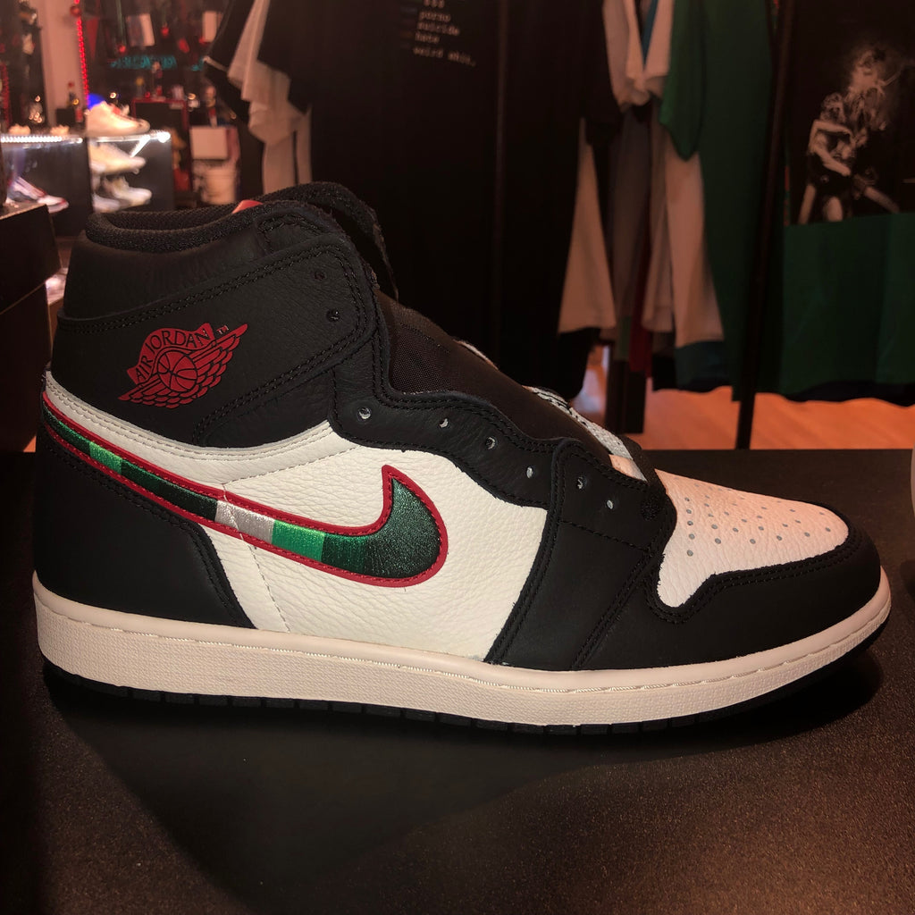 "Size 11 Air Jordan 1 ""Sports Illustrated"" Brand New"