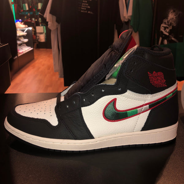 "Size 8 Air Jordan 1 ""Sports Illustrated"" Brand New"