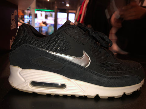 "Size 8.5 Air Max 90 Essential ""Black/ Silver"""