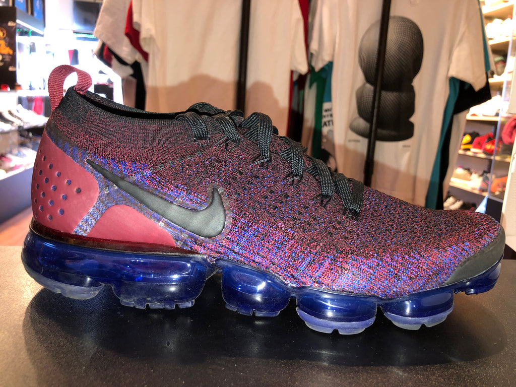 "Size 10.5 Vapormax Flyknit 2 ""Berry"""