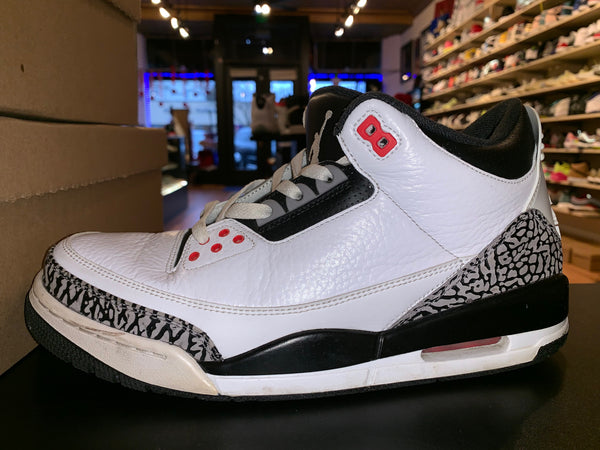 "Size 9.5 Air Jordan 3 ""Infrared"""