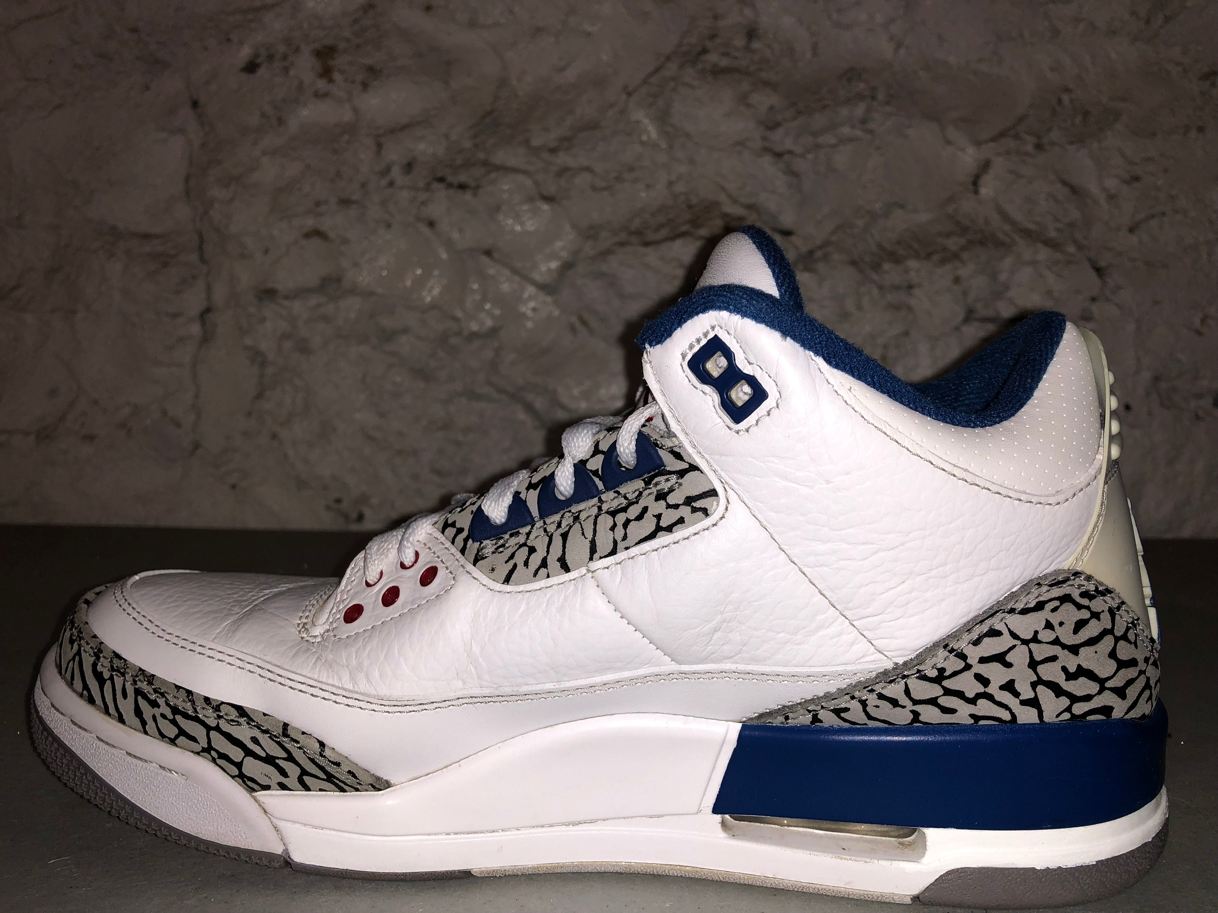 "Size 9.5 Air Jordan 3 ""True Blue"""