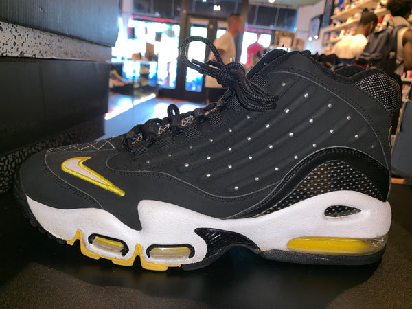 "Size 9.5 Air Griffey Max 2 ""Black Maize"""