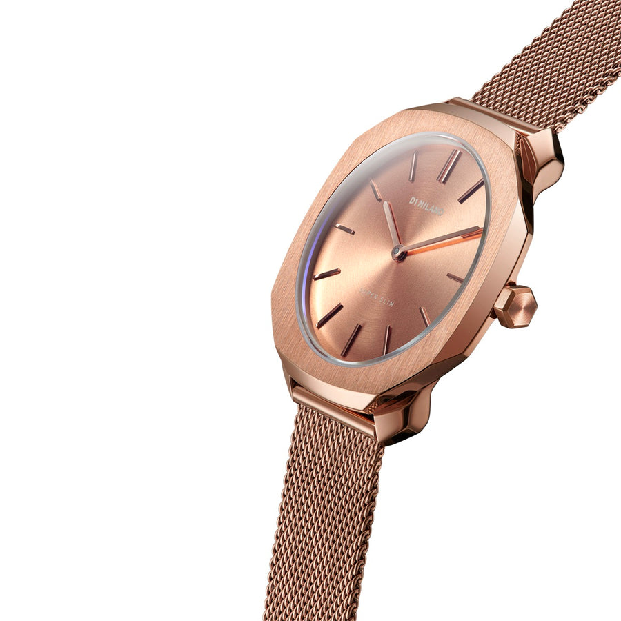 D1 Milano Rose Gold Super Slim Milanese Bracelet 36mm Model View
