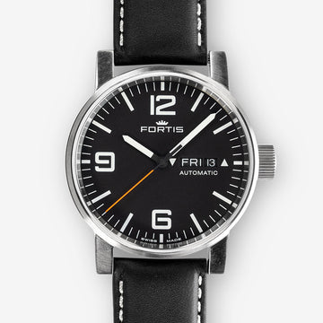FORTIS SPACEMATIC PILOT PROFESSIONAL STEEL LEATHER DAY/ DATE AUTOMATIC 40MM