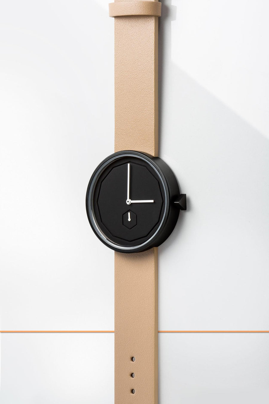 AÃRK Collective Classic Neu Black Steel Leather 38mm Top View