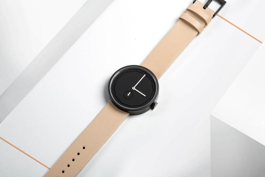 AÃRK Collective Classic Neu Black Steel Leather 38mm Top View 2