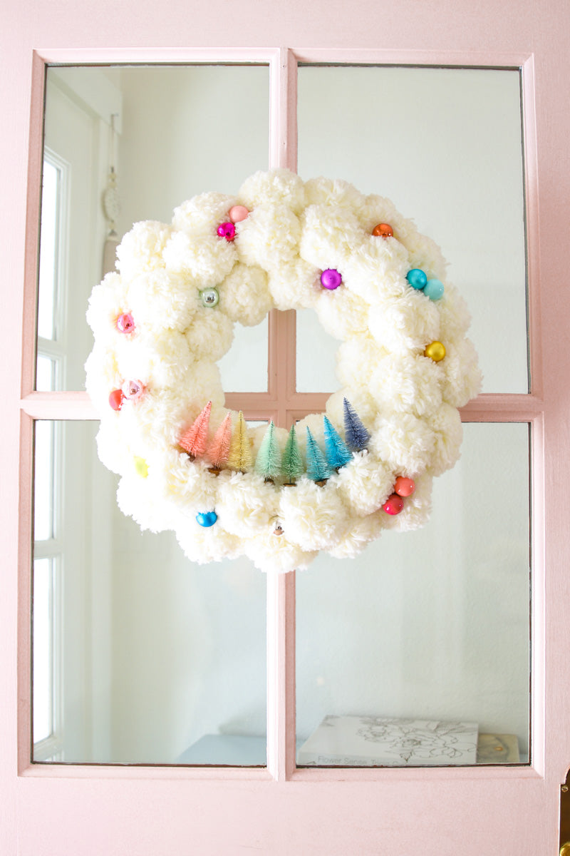 DIY Pom Pom Bottle Brush Wreath - DIY Christmas Wreath