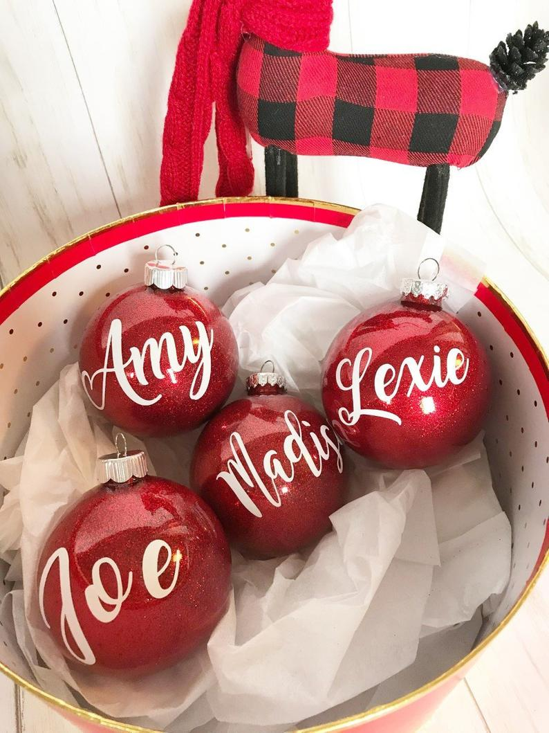 Family Christmas Ornaments, personalized Christmas ornaments for family, Family Ornaments with names, red Christmas Ornaments, kid ornaments