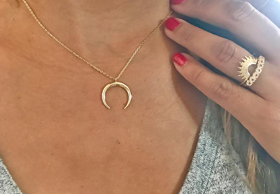 Cassie Gold Crescent Moon Necklace - Pretty Collected