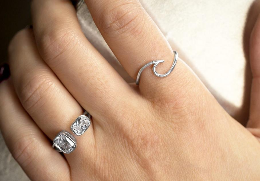 Julia Wave Ring - Gold or Silver - Pretty Collected