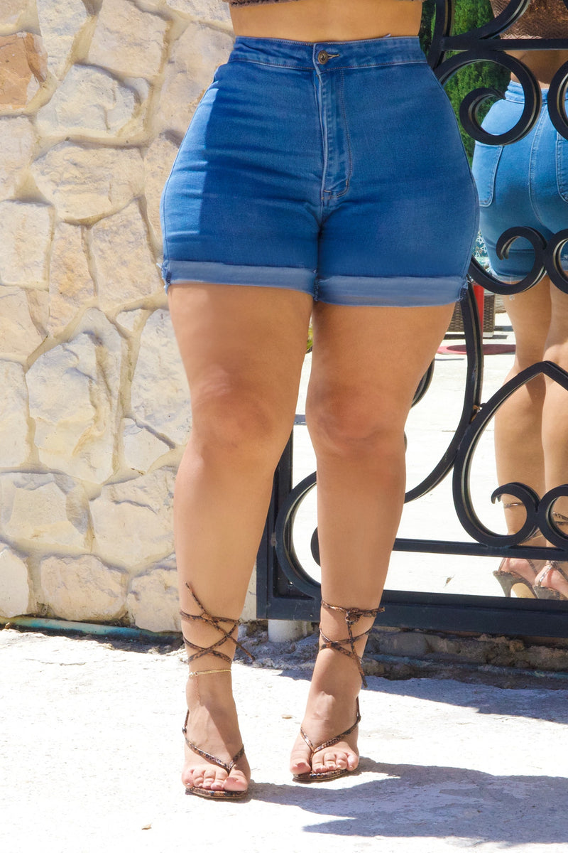 💋Ciera's FAV- Zoe Curvy Short (fits up to Plus)