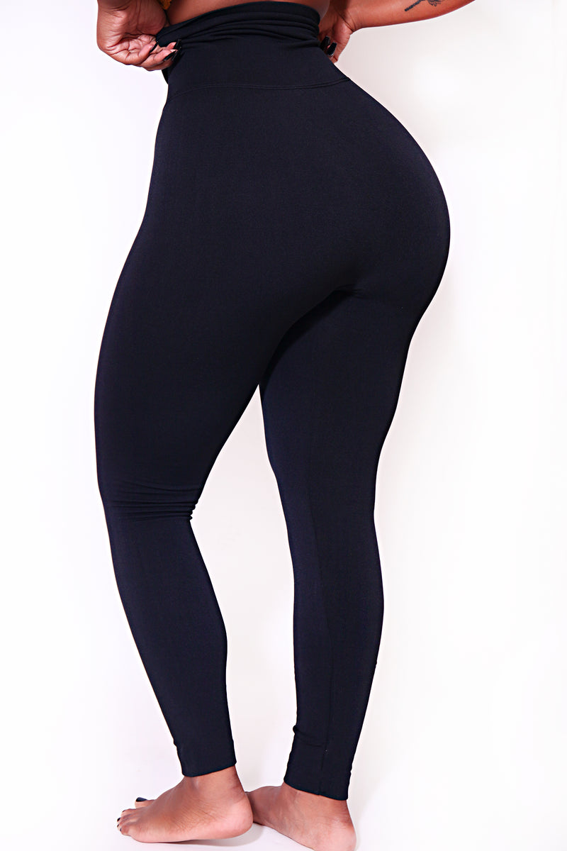 The Black Yoga Tummy Control Legging fits up to PLUS! (choose your size) - Babes And Felines | Specializing in Fashionable Staple Pieces for Every Shape and Size (9294242442)