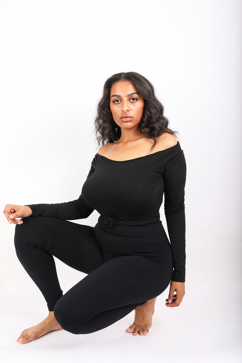 Maria Off Shoulder Tee in Black (47420375060)