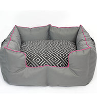 Wagworld K9 Castle - GEO (Grey & Pink)