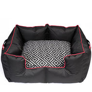 Wagworld K9 Castle - GEO (Black & Red)
