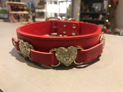 Collar with 3 Diamante Hearts