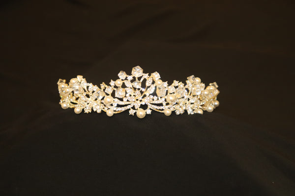 Pearl Wedding Tiara - Cerrura Fashions