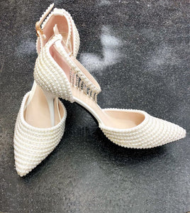 Pearl Wedding Shoes with Hanging Diamantè