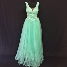 Load image into Gallery viewer, Long Turquoise evening dress with Tulle Ruffles
