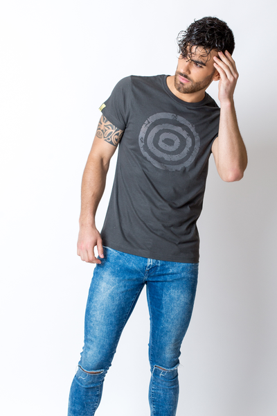 Concentric circles - dark t-shirt