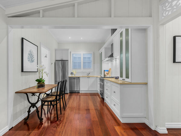 Hamptons style kitchen in Clayfield worker's cottage