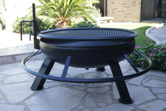 The Texas-themed fire pits are also customizable if you are looking to add  some style to them. There are different styles and designs from which you  can ... - News Texas Original Bar-B.Q. Pits