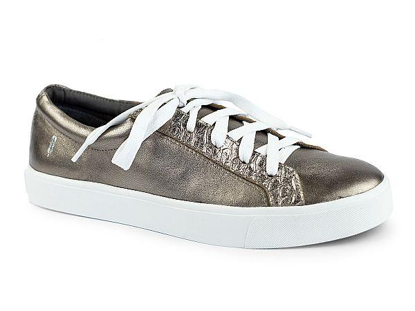 Revitalign Women's Alameda Sneakers