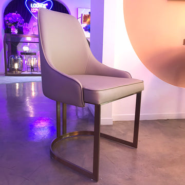 เก้าอี้ทานอาหาร [PN] Ruth Chair Leather Light Brown (Rose gold Legs)