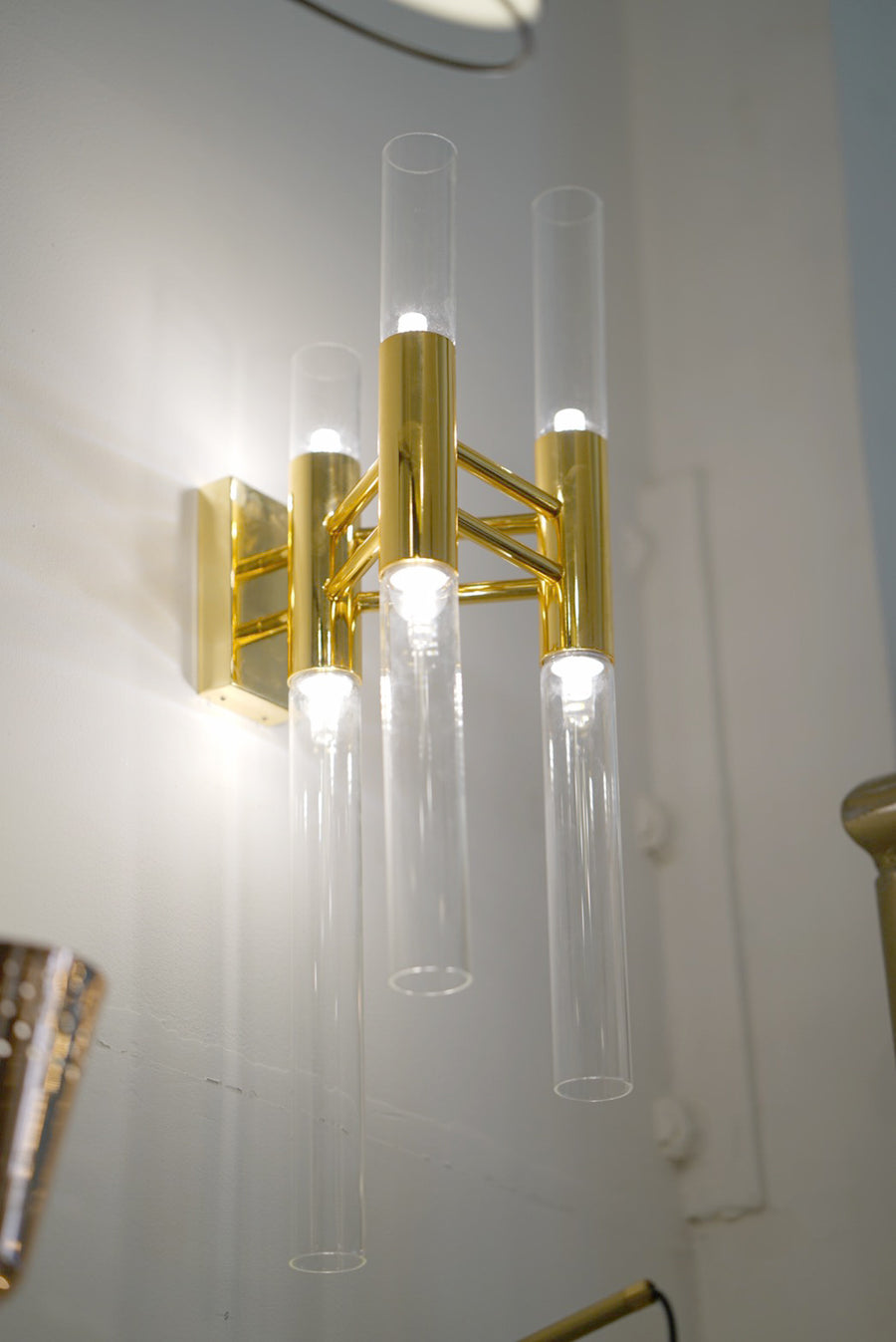 [DEFECT ITEMS] Champagne Stem Wall Lamp ( Clear shade )