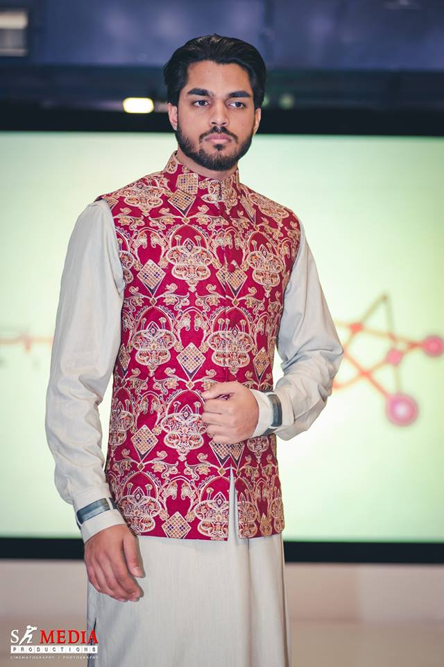 Red Pattern Embroidered Waistcoat Suit with Gold Detail