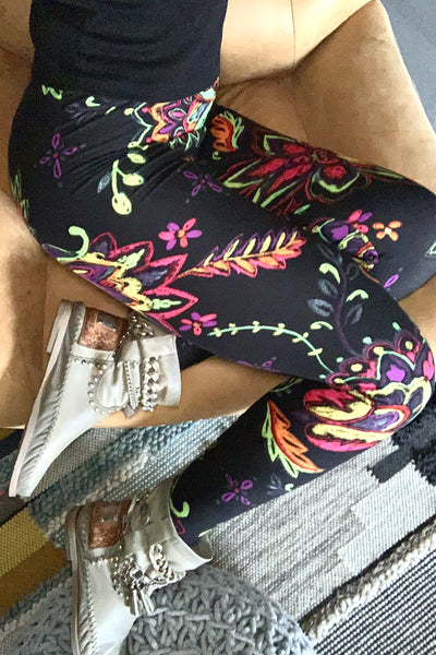 Multicolor Floral Paisley Print Leggings