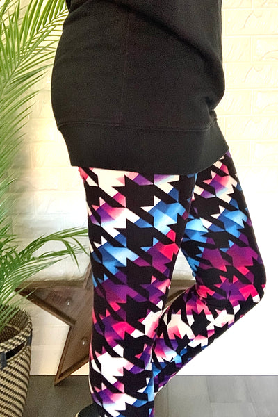 Multicolor Houndstooth Print QUEEN SIZE Leggings