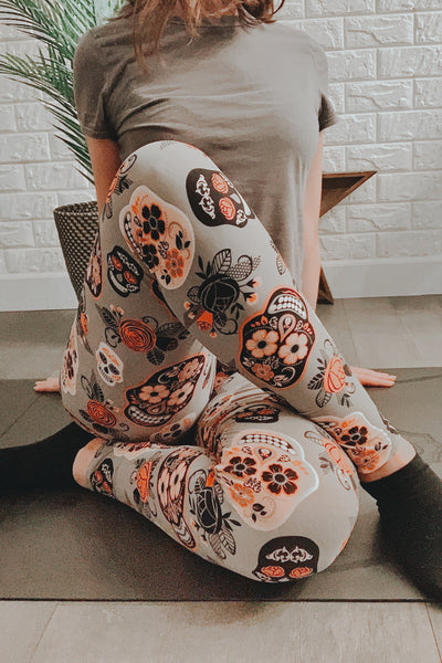 Grey/Orange Sugar Skull Print Queen Size Leggings