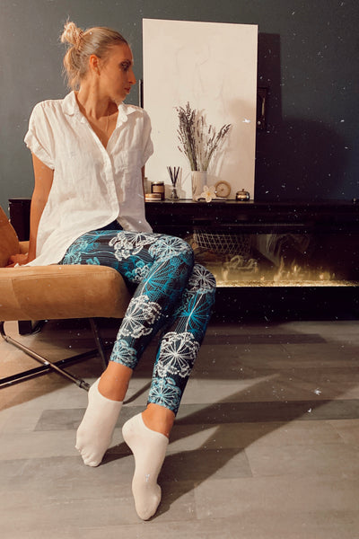 Blue Leaves Print Leggings