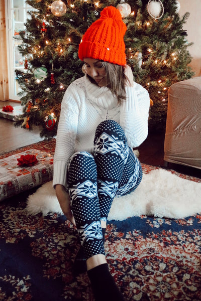 Black/White Nordic Snowflake Print Leggings