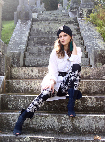 black and white paisley buttery Soft Microfiber High Waist Fashion Patterned Celebrity Leggings for Women plus size