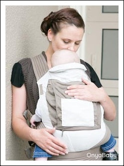 Babywearing is flat head prevention