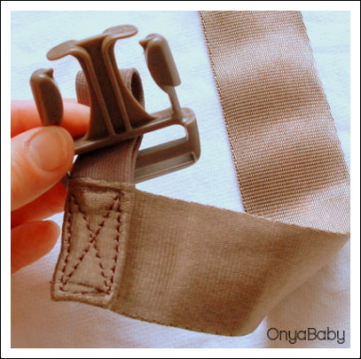 How to thread a buckle on a baby carrier - Step 2