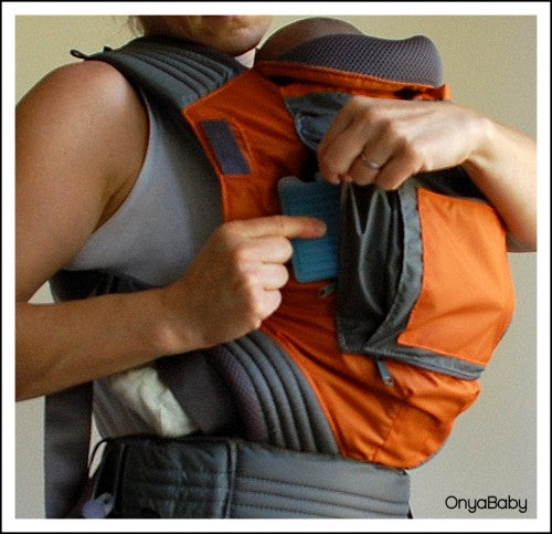 How to keep your baby cool in your baby carrier - Step 2