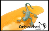 Lizard Slime - Fun Slime with Reptile Figurine - Putty - Goo