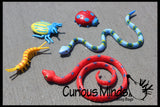 Pool Dive - Snakes, Lizards and Bug Pool and Sand Hunt Toy - Dig sift and find buried critters - Pool Dive