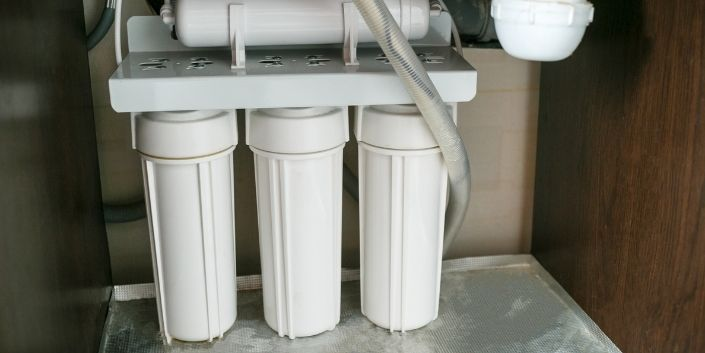 The Advantages of Under-Counter Water Filtration Systems
