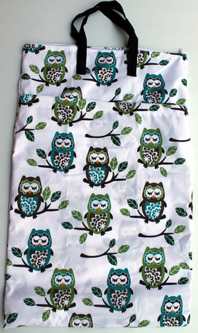 "Double Zipper Hanging Wetbag - ""Big Owls"""