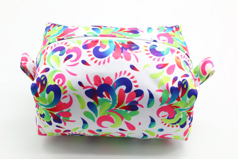 "Diaper Pod ""Bright Swirls"""