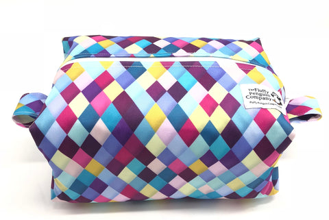 "Diaper Pod ""Purple Diamonds"""
